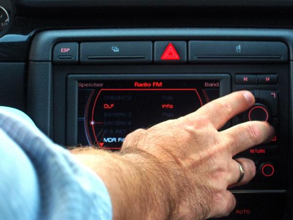 Autoradio-Sicherheit